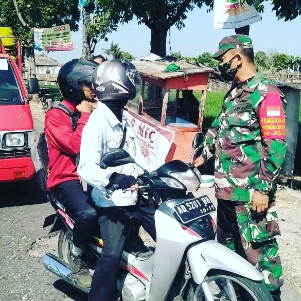 Operasi masker dalam rangka penegakan Disiplin Protokol Kesehatan wilayah Polanharjo