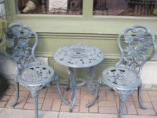 Paint Cast Iron Outdoor Furniture, Cast Iron Outdoor Furniture