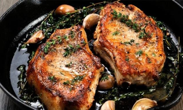 Rosemary Garlic Butter Pork Chops #recipe #paleo
