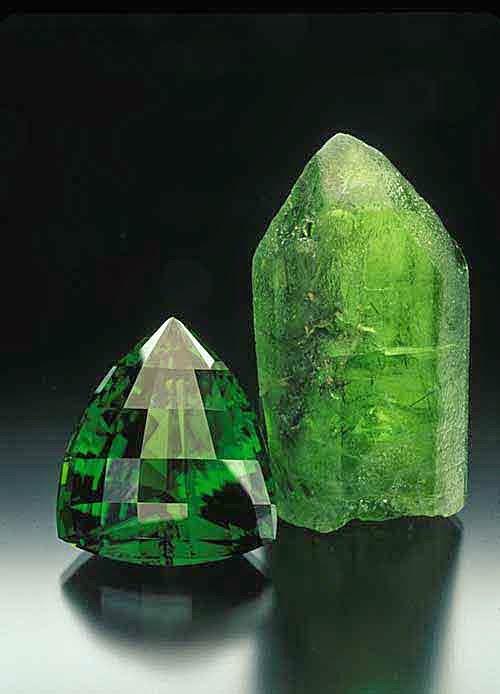 El poder de los cuarzos propiedades del peridoto for Piedras curativas propiedades