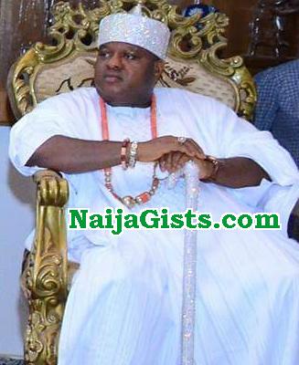 governor oshiomhole suspends edo king one year