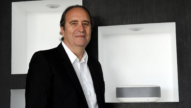 Uno de los hombres más ricos de Francia afirma haber espiado al presidente, funcionarios y a Renault para la Inteligencia estatal en la década de 1980