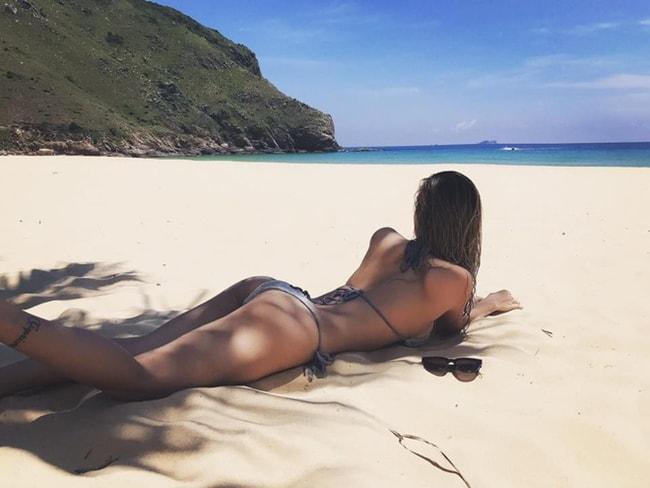 DJ Tít khoe thân hình sexy đến nghẹt thở đầu hè - Ảnh 11