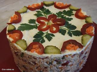 Salata de boeuf cu pui reteta de casa retete mancare gustare garnitura aperitive craciun paste revelion carne legume maioneza olivier a la russe,