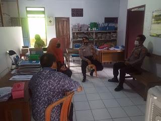 Jalin Silaturahmi, Kapolsek Enrekang Kunjungi kantor Lurah Leoran