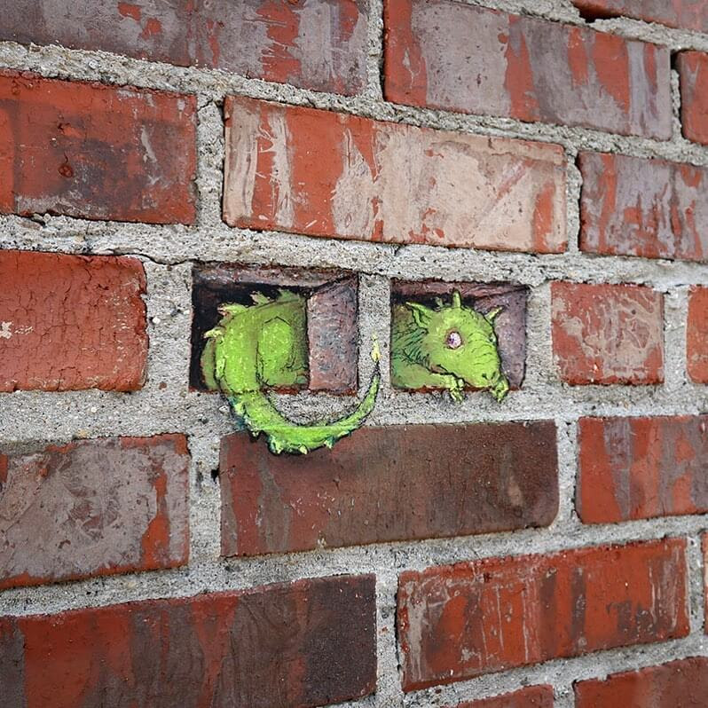 03-The-dragon-in-the-wall-www-designstack-co