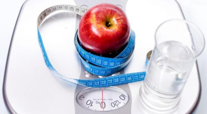 5 Trik Menghindari Konsumsi Kalori Berlebih Saat Makan di Restoran