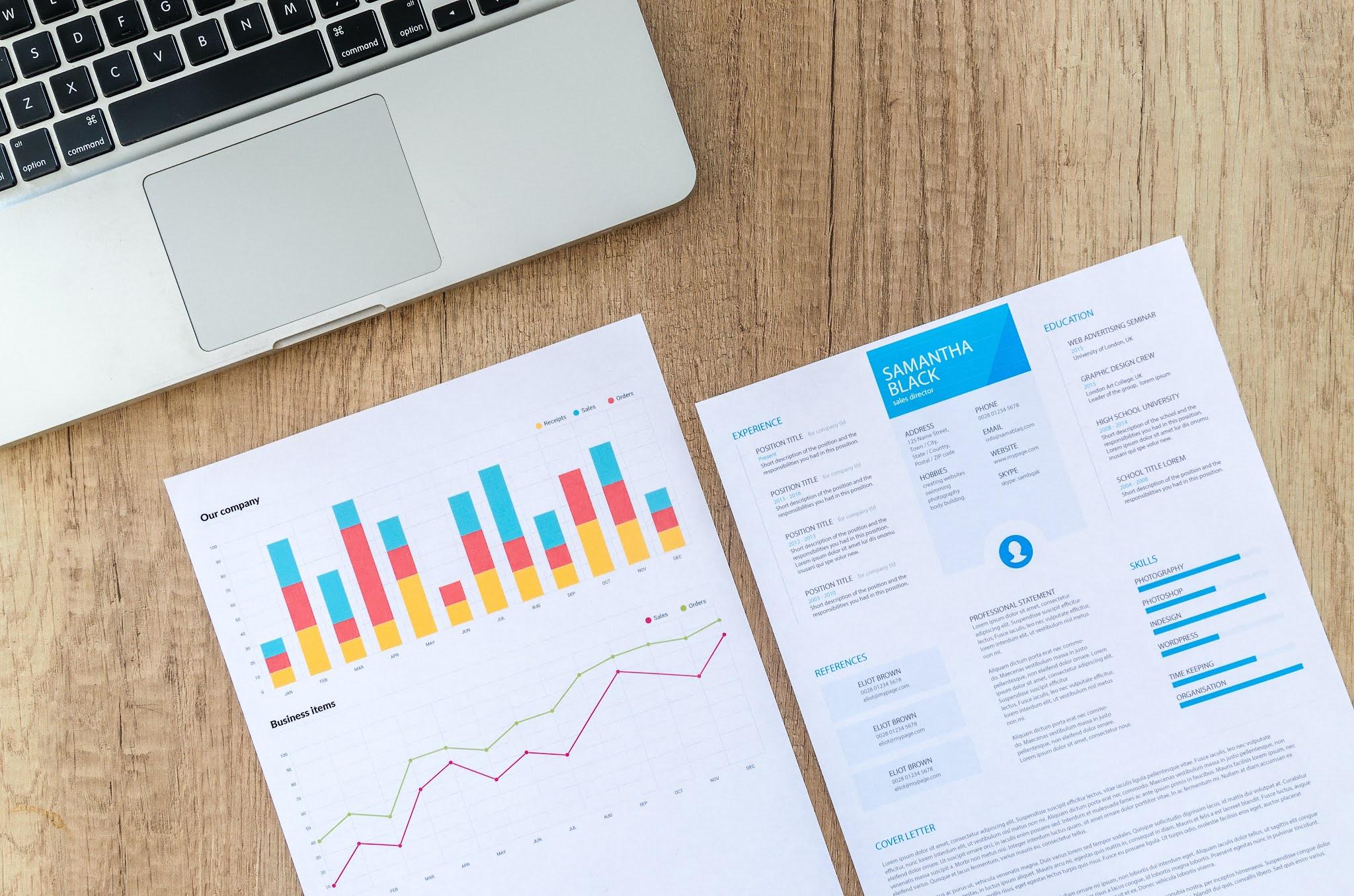 8 Cara Membuat Desain CV Menarik Terbaru 2021