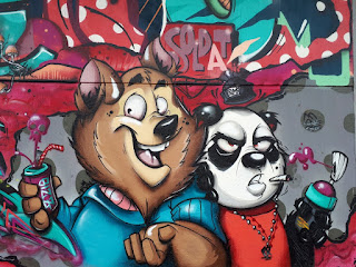Saarbrücken graffiti wall bear and panda