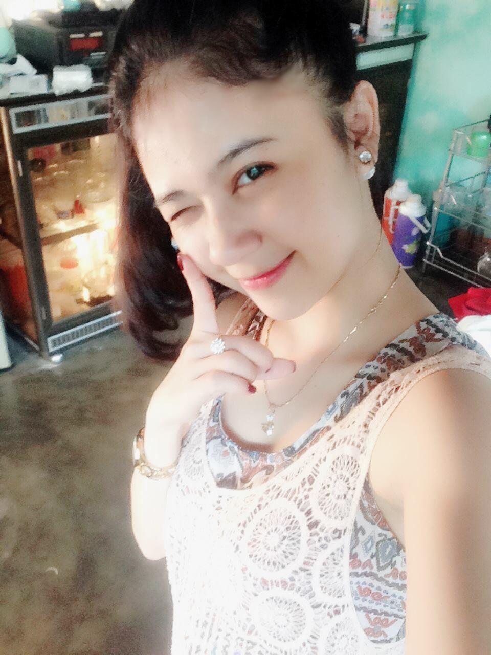 China Nguyễn hot girl Quảng Ngãi
