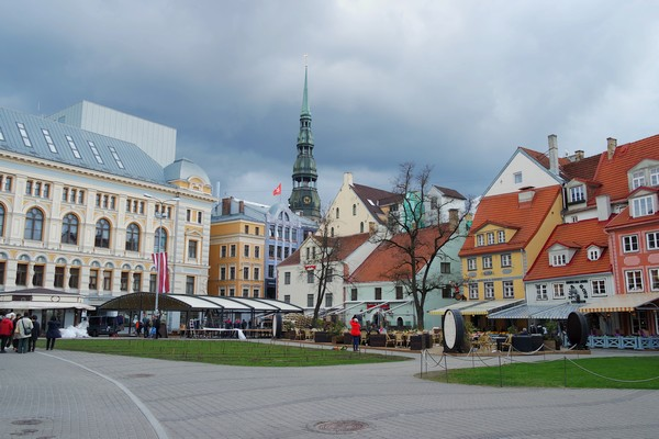 riga vieille ville old town livu square