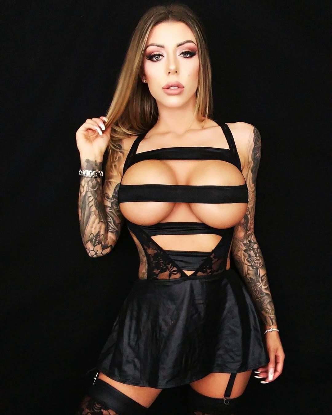 Sideboobs Karma Rx naked (94 photo), Pussy, Paparazzi, Boobs, butt 2019