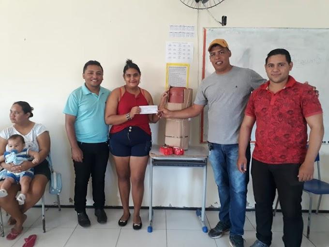 Sindicato entrega filtros de barro e ajudas de custos aos agricultores da região. Confira!
