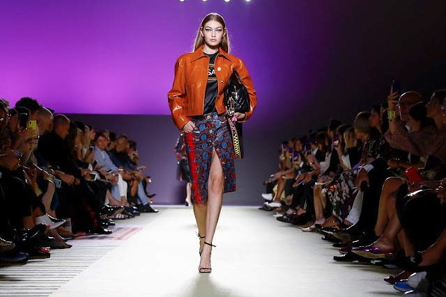Gigi Hadid - Versace Milan Fashion Week SS2019 Show