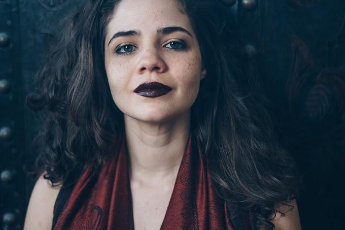 Angélica Duarte busca migrar da música erudita para a popular e lança versão de Chico Buarque