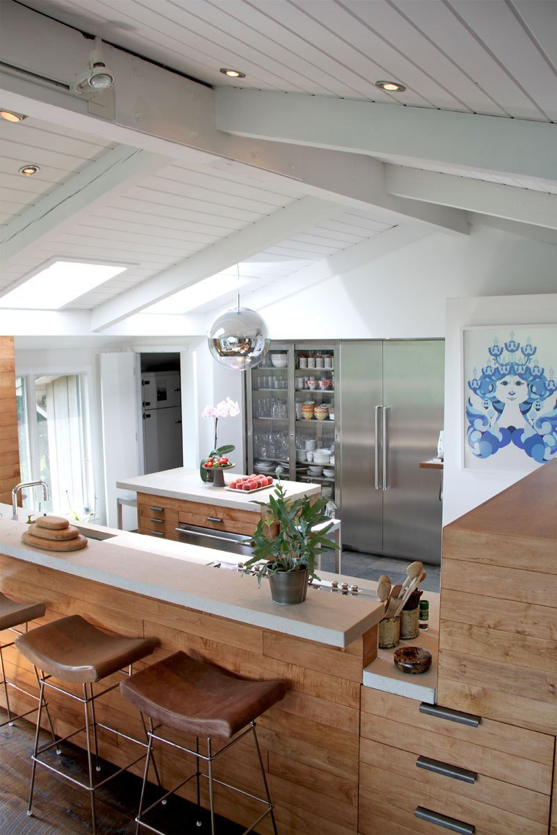 Painted Wood Ceilings Should Wood Beams Be Painted Or Left Natural Dans Le Lakehouse