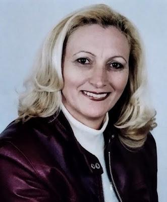 Maria Santina coloca nome a disposição para concorrer à prefeitura de Roncador