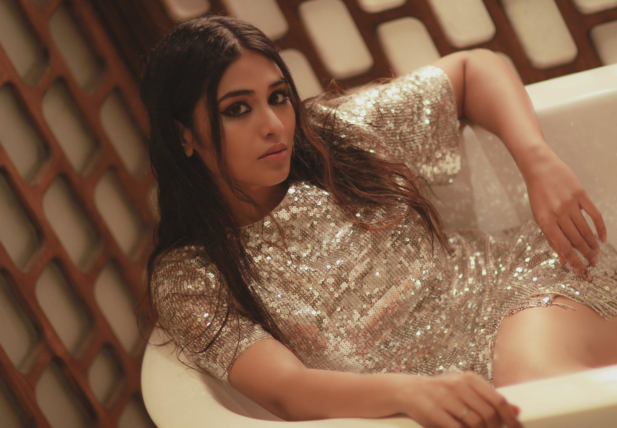 Indhuja Ravichandran New Stills, Indhuja Ravichandran 2021 photoshoot,Indhuja Ravichandran hot photoshoot, Indhuja Ravichandran in bathtub