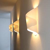 http://www.ohohdeco.com/2012/10/diy-paper-lamp-lampara-de-papel.html