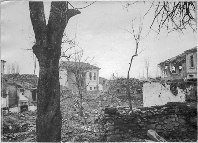 In the streets of Monastir (Bitola) (February 1917). Ruins in the eastern suburb of the city