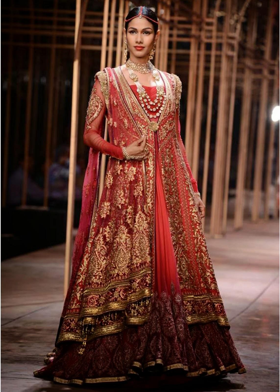 Tarun Tahiliani at Amby Valley India Bridal Fashion Week ...