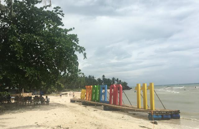 Beautiful Beaches in Cebu North - Maravilla Beach is yet another beautiful white sand beach in north Cebu.