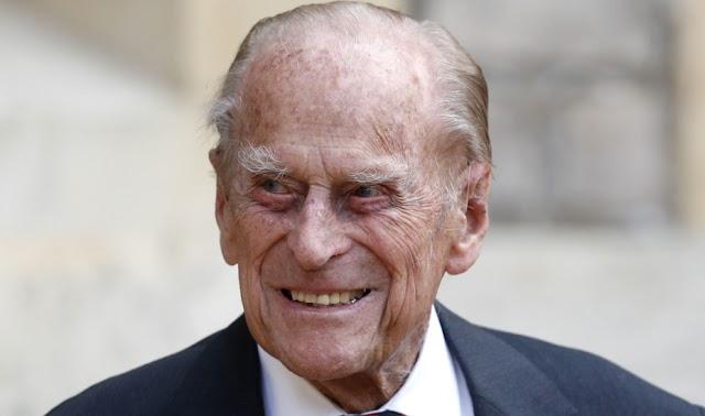 O πρίγκιπας Φίλιππος αφήνει 30 εκατομμύρια λίρες στο προσωπικό του