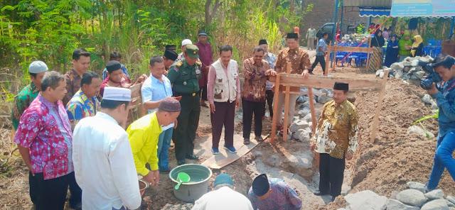 Danramil Wonosari Hadiri Acara Peletakan Batu Pertama Pembangunan Masjid  Purnomo