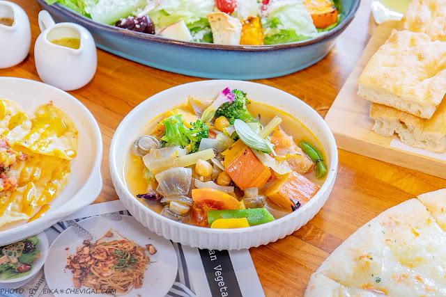 MG 8267 - 熱血採訪│台中清新森林系餐廳,多國人氣蔬食料理好美味,假日容易客滿建議先訂位