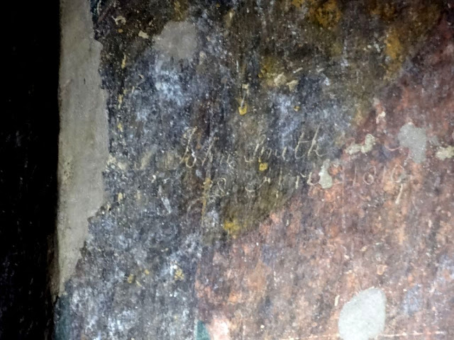 Signature of John Smith in Ajanta cave number 10 - Pillar R13