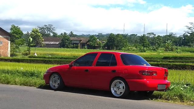 Timor S515i sedan