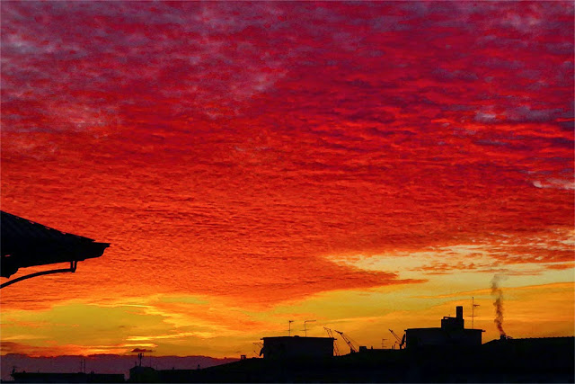 Red sky at night, Livorno
