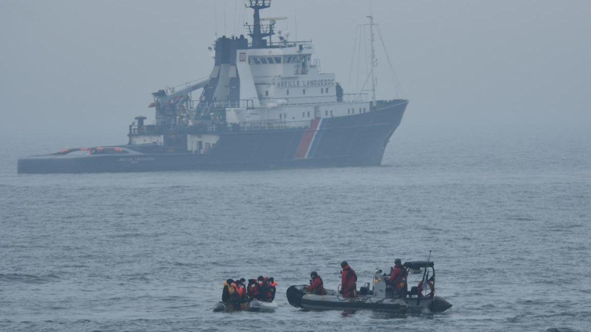 Boulogne-sur-Mer : un groupe de migrants débarqué par un patrouilleur sur le quai Gambetta