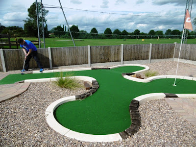 Minigolf at Charnwood Golf Complex in Loughborough