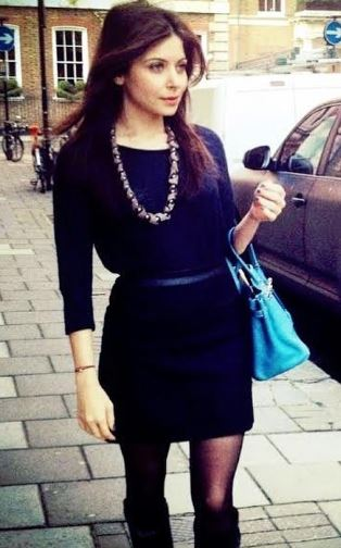 Kanika Kapoor Age, Height, Weight, Net Worth, Wiki, Family, Husband, Bio