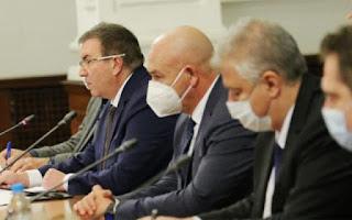 Започва ваксинацията в България