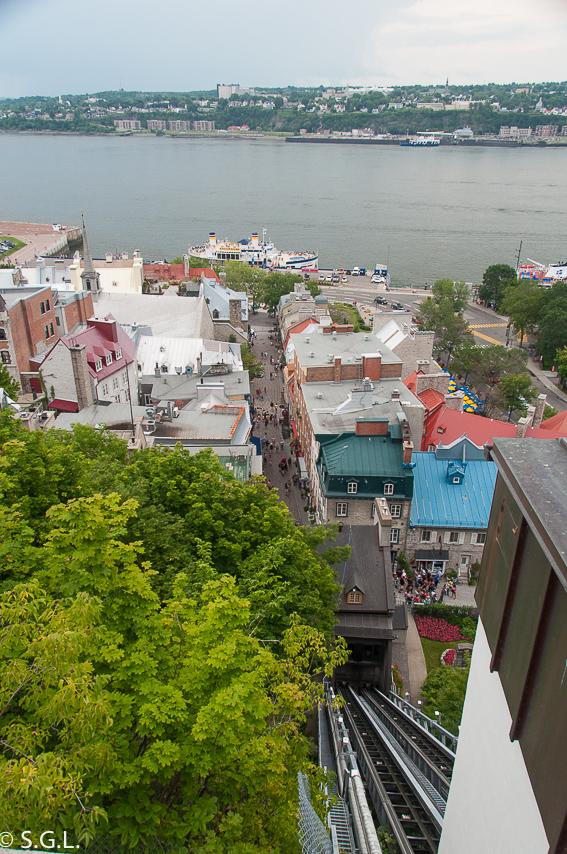 Funicular de Quebec y rio Saint  Laurent