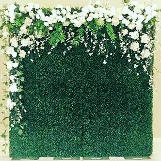 cemaradecor: pemasangan dekorasi grass backdrop untuk