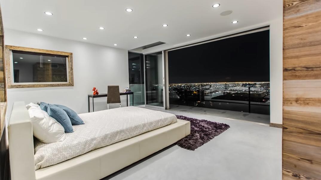 47 Interior Photos vs. 2118 Beech Knoll Rd, Los Angeles CA Luxury Home Tour