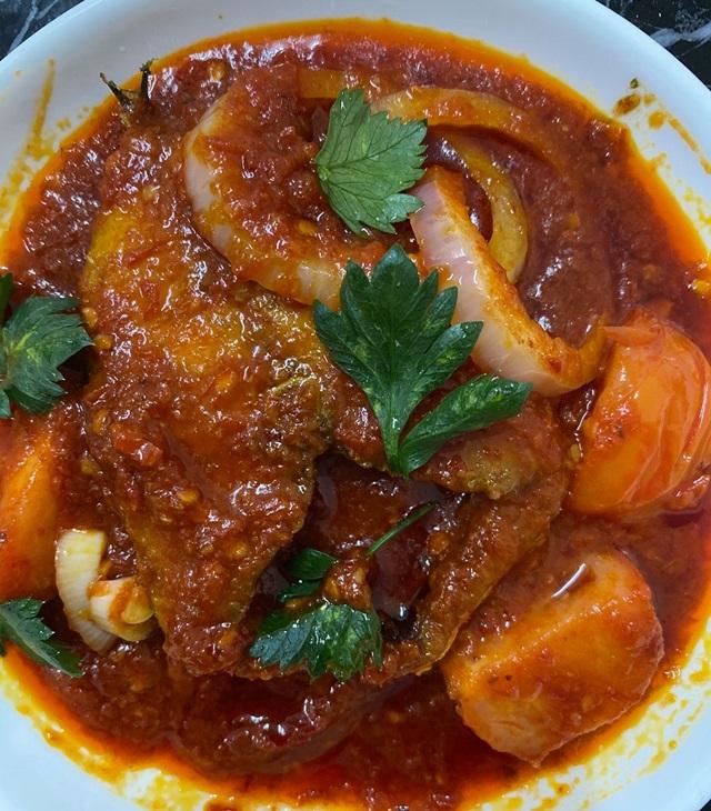 10 Resepi Masak Merah Ayam, Daging, Ikan, Udang Dan Telur Yang Sedap Tak Terperi