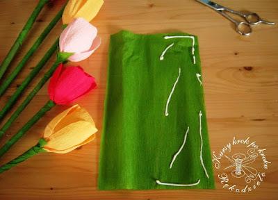 Tulipany z krepiny - samouczek DIY