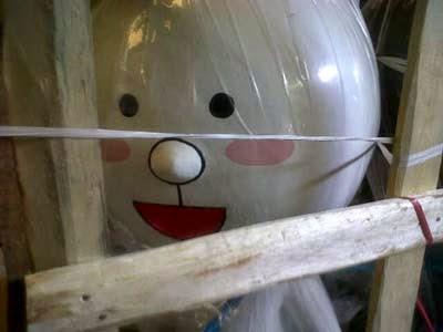 membuat patung maskot