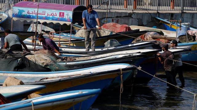 Israel cierra la zona de pesca de Gaza e intensifica sus ataques