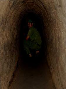Interior de los Túneles de Cu Chi (Vietnam)