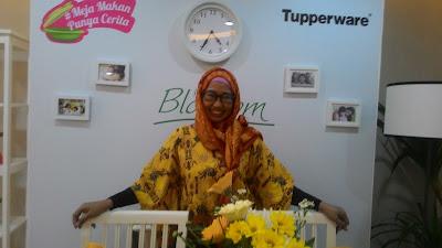 Kehangatan Meja Makan Punya Cerita Berkat Pettitte Blossom Tupperware