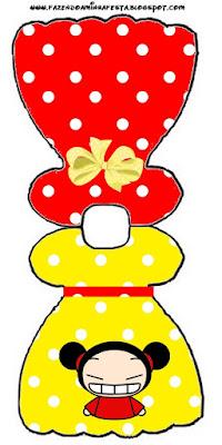 Tarjeta con forma de vestido de Pucca,