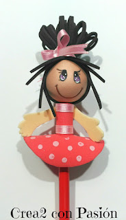 muñeca fofu lápiz
