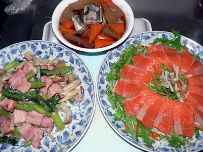 夕食の献立 献立レシピ 飽きない献立 小松菜ベーコン焼きセット イワシ大根 サーモン刺身