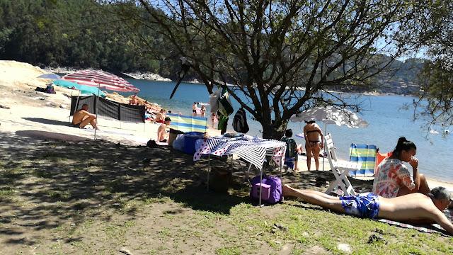 Zona de Sombra na Praia da barca