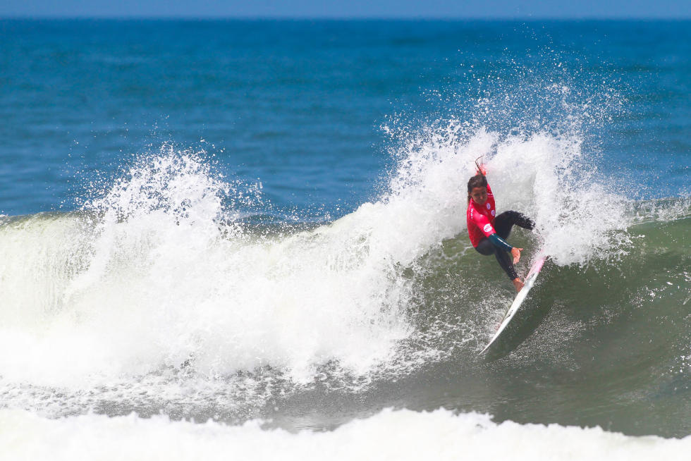 23 Ariane Ochoa EUK Junior Pro Espinho foto WSL Laurent Masurel